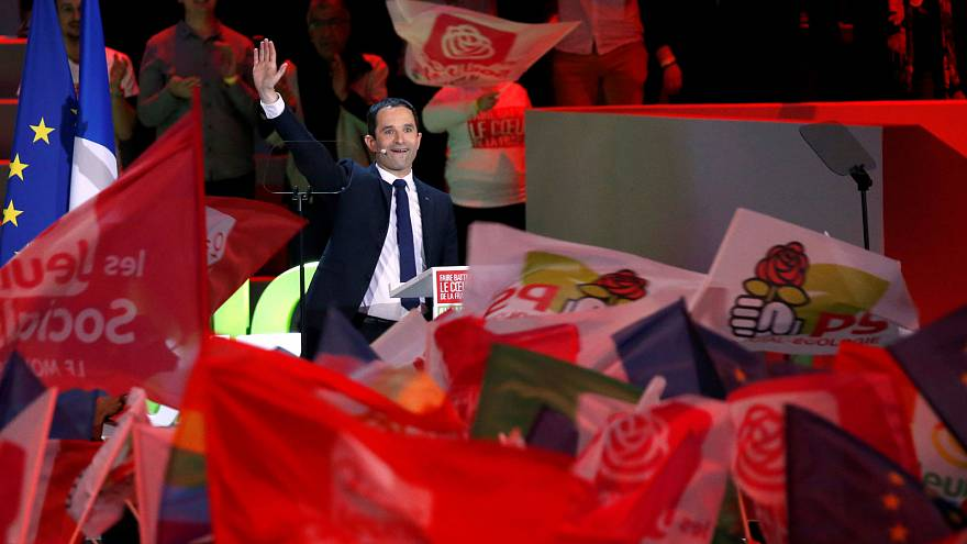 Benoit Hamon: Liberal programlar aşırı sağın yükselişini engelleyemiyor