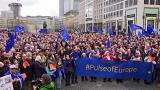 Pulse of Europe, 20.000 manifestanti in Germania per sostenere l'Europa unita