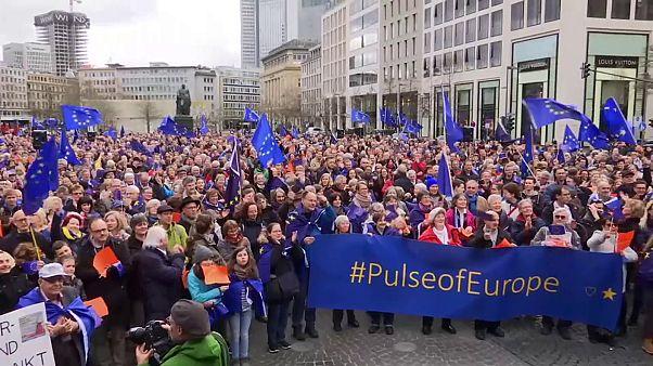 """Германия: """"Пульс Европы"""" поддерживает Евросоюз"""