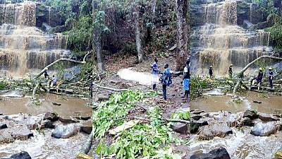 20 dead as tree falls on students swimming at waterfall in Ghana