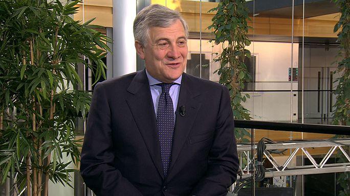"""Antonio Tajani, pres. Parlamento Europeu: """"É inaceitável acusarem-nos de sermos nazis"""""""