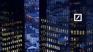 Deutsche Bank продает акции для привлечения капитала