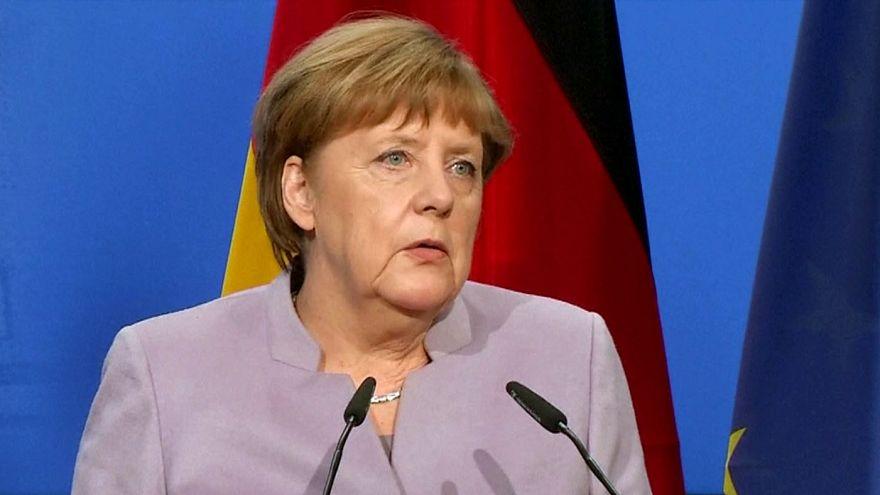 Merkel amenaza con prohibir todos los actos electorales turcos en Alemania