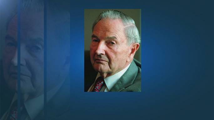 Billionaire philanthropist David Rockefeller dies at 101