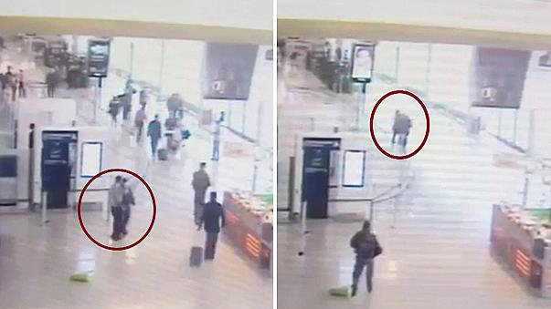 Video shows Paris Orly airport attack on soldier
