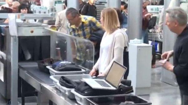 UK follows US in imposing electronic device flight ban