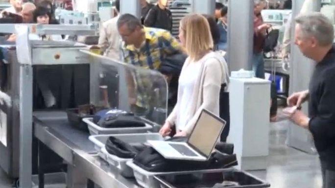El R.Unido sigue los pasos de EE.UU. y prohibe aparatos electrónicos en vuelos procedentes de O.Medio