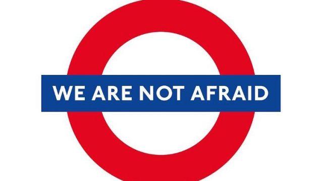 """""""Nous n'avons pas peur !"""", le slogan des Londoniens sur les réseaux sociaux"""