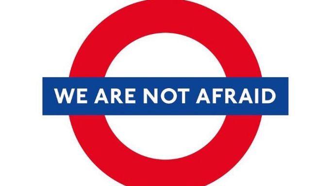 """""""No tenemos miedo"""". Los londinenses desafiantes tras el ataque de Westminster"""