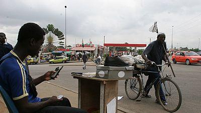 Côte d'Ivoire: interdiction aux mineurs de moins de 16 ans de posséder une carte SIM
