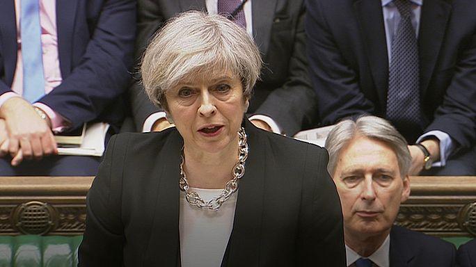 """Theresa May: """"Volver a la normalidad es la mejor respuesta al terrorismo"""""""