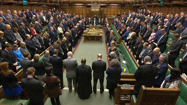 Omaggio del parlamento britannico alle vittime dell'agttaco di Westminster
