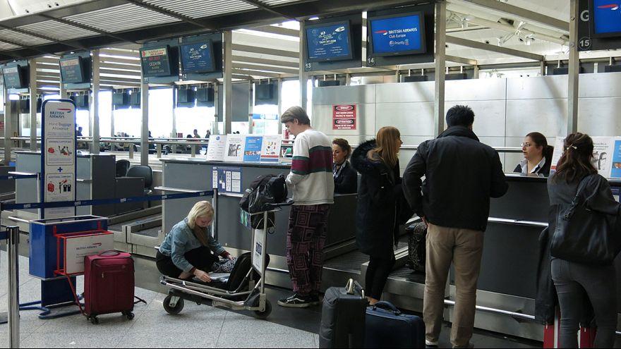 Küzdenek a laptop-tiltással a közel-keleti légitársaságok