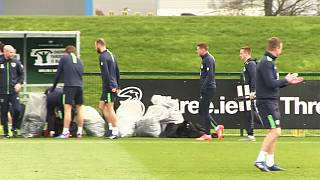 Ireland host Wales as World Cup qualification campaign resumes
