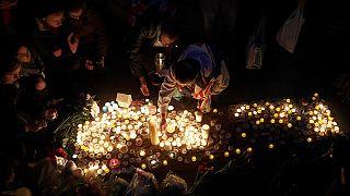 Veillée à Trafalgar Square : les Londoniens unis ne se laissent pas intimider