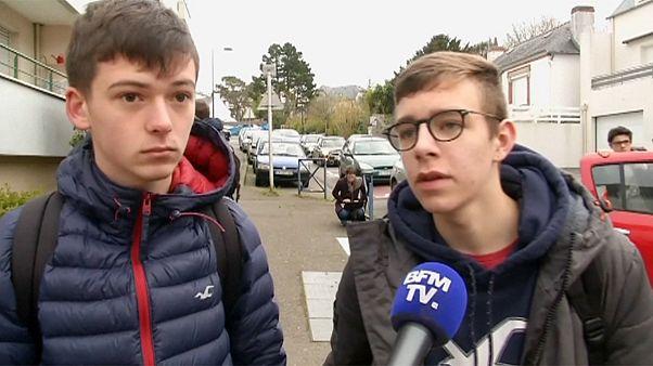 بازگشت دبیرستانی های فرانسوی که شاهد حمله پل وست مینستر لندن بودند