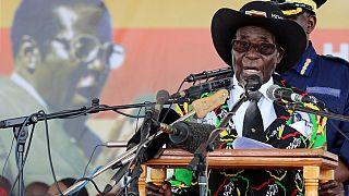 Des vétérans de la guerre du Zimbabwe menacent de lâcher Mugabe