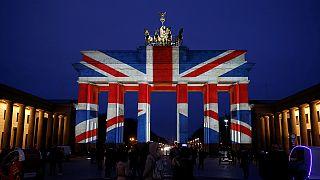 Terrorisme : la Porte de Brandeburg aux couleurs britanniques