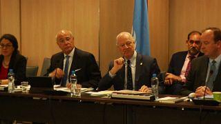 Újabb forduló: folytatódnak a szíriai béketárgyalások