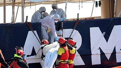 Des corps de migrants repêchés