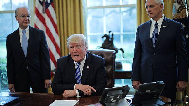 Incapaz de derrubar o Obamacare, Trump deseja-lhe má sorte
