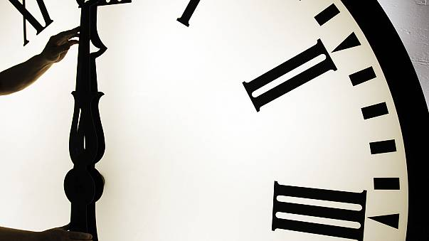 Nyári időszámítás: egy órával előrébb állítjuk az órát