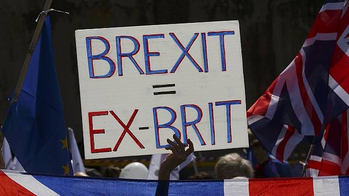 Anti-Brexiters march through Westminster