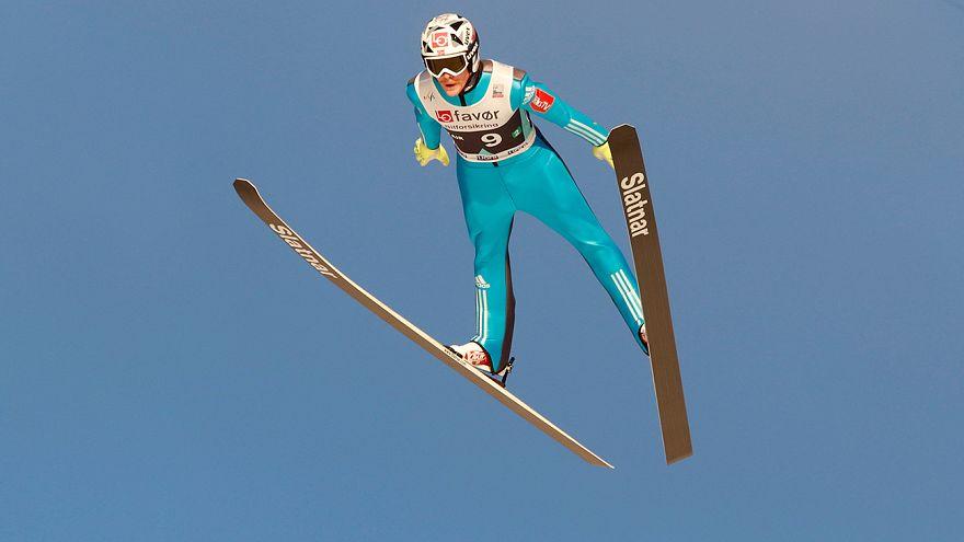 Saltos de Esqui: Noruega vence penúltima etapa, Polónia reforça liderança