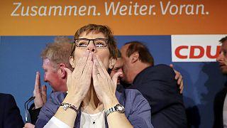 Saarland'da Merkel'in partisi zaferini ilan etti