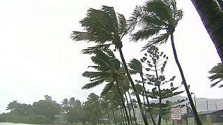 Australie : le cyclone Debbie s'approche des terres