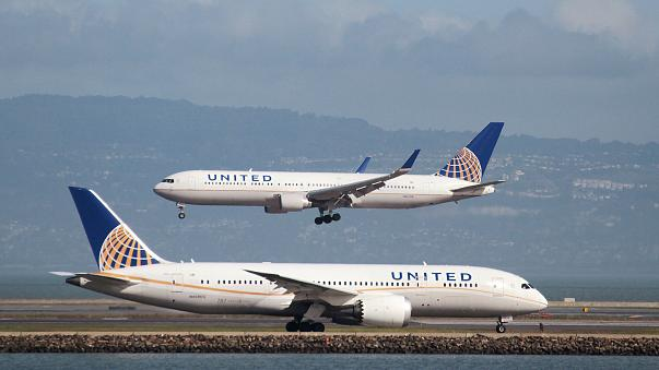 United Airlines in row over customer's leggings