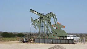 Petrolio: resta sotto 48 $ per incertezza su accordo Opec e timori su produzione Usa