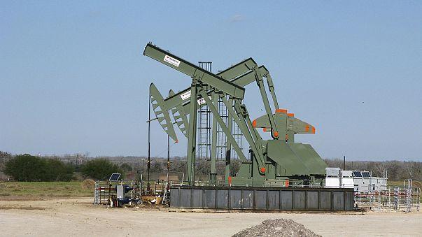 Países membros e não-membros da OPEP vão discutir prolongamento de acordo