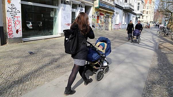 """""""Беби-бум"""" в Берлине требует терпения от властей и родителей"""