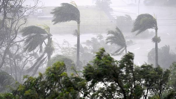 Austrália: Ciclone Debbie elevado para categoria quatro