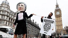 Brexit: Britânicos continuam divididos