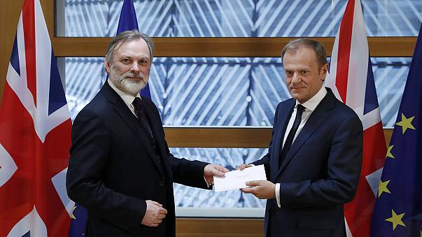 بريطانيا تطلق رسميا عملية خروجها من الاتحاد الأوربي