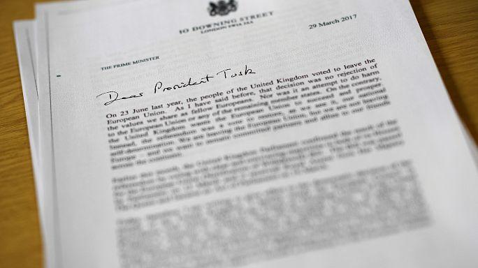 ¿Qué pone en la carta enviada por Theresa May para iniciar el brexit?