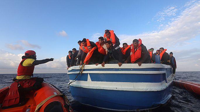 600 migrantes resgatados do Mediterrâneo