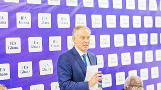 """Afrique : """" l'âge n'est pas important pour gouverner, l'expérience oui"""", affirme Tony Blair en visite au Ghana"""