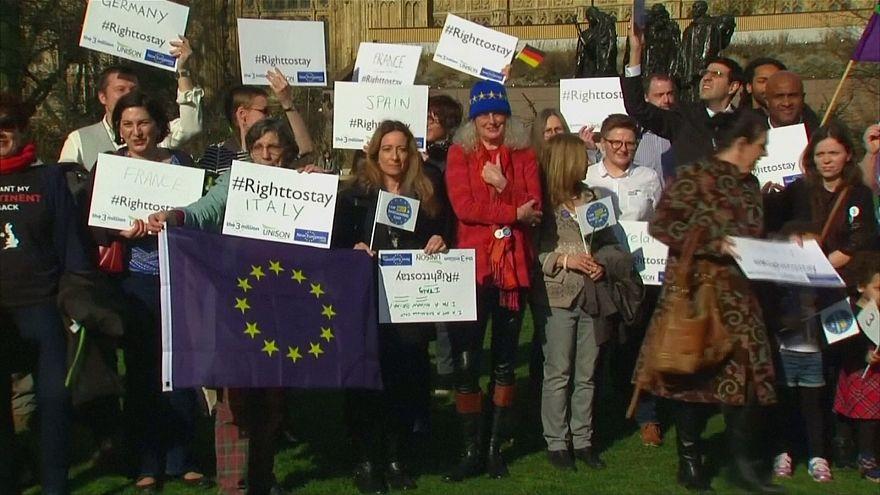 Brexit: Uma vida mais complicada para europeus e britânicos