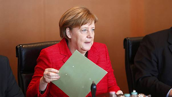 Brexit-Verhandlungen: Merkel macht es den Briten schwer