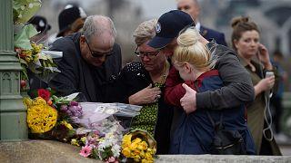 Londres: Homenagem às vítimas na ponte de Westminster