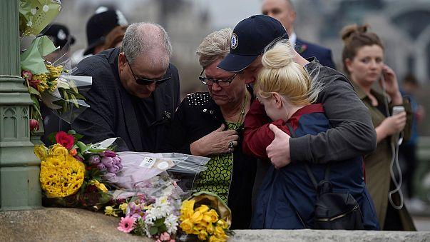 Londra, Westminster saldırısının kurbanlarını andı