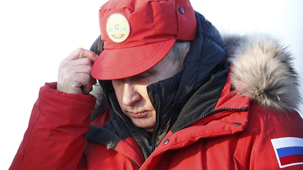 Az orosz elnök szemlét tartott az Északi-sarkvidéken