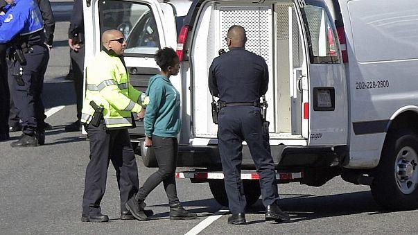 Washington'da polisi alarma geçiren kadın şoför