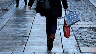 EEUU creció en el cuarto trimestre un 2,1%, gracias al gasto de los consumidores