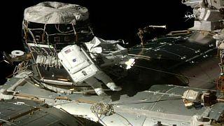 L'astronauta Peggy Whitson segna record femminile di passeggiate spaziali