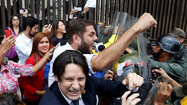 """""""Staatsstreich"""" - Parlament in Venezuela von Gericht entmachtet"""