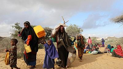 Thousands of Somalis flee their homes in search of food as famine looms